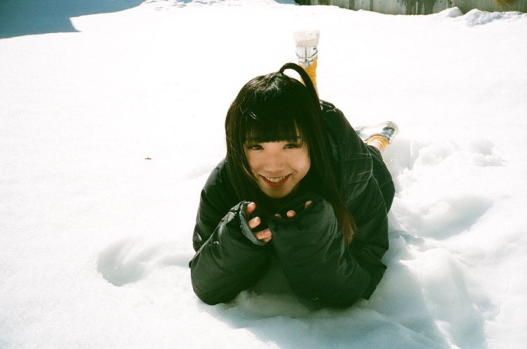 アユニ・Dと雪1