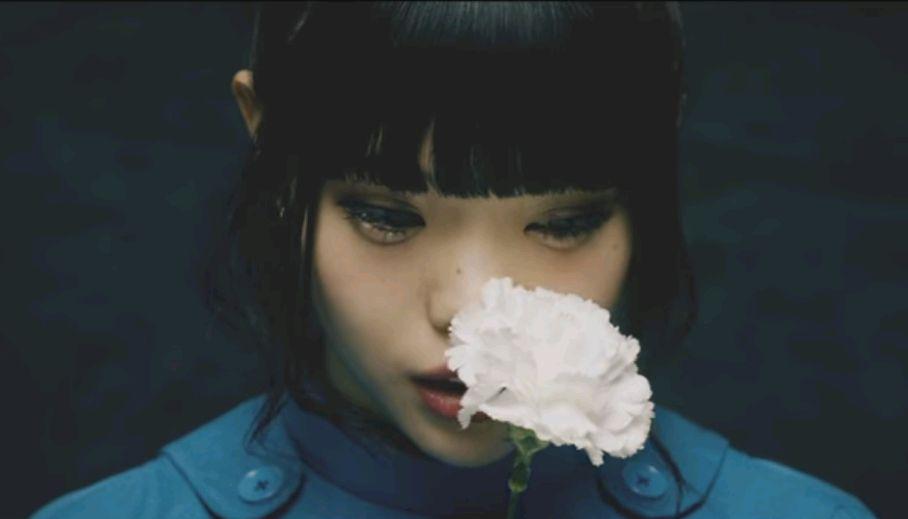 花とアイナ・ジ・エンド