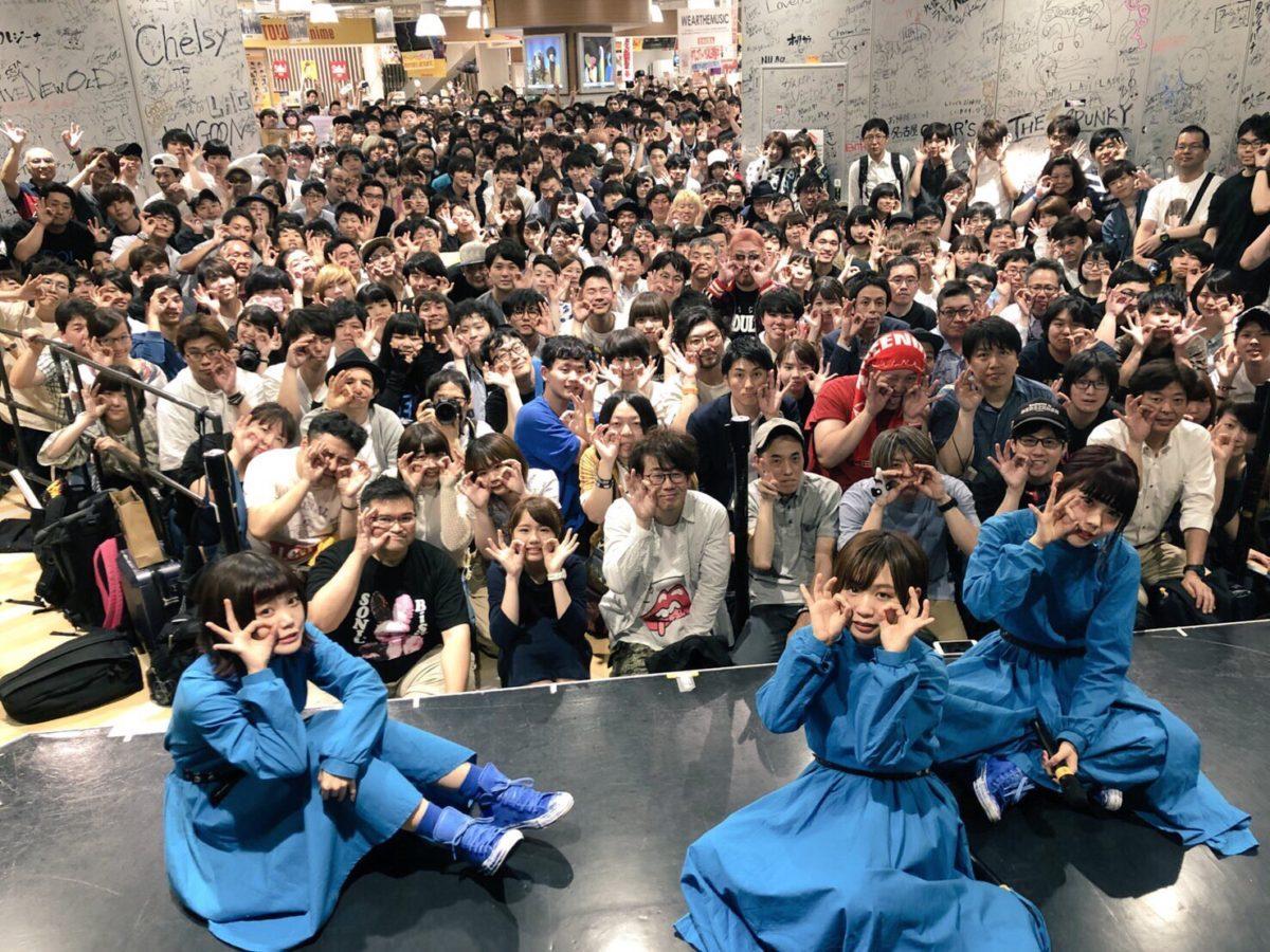 【初心者用】BiSHの特典会(握手会・チェキ会)の流れと参加方法を解説!